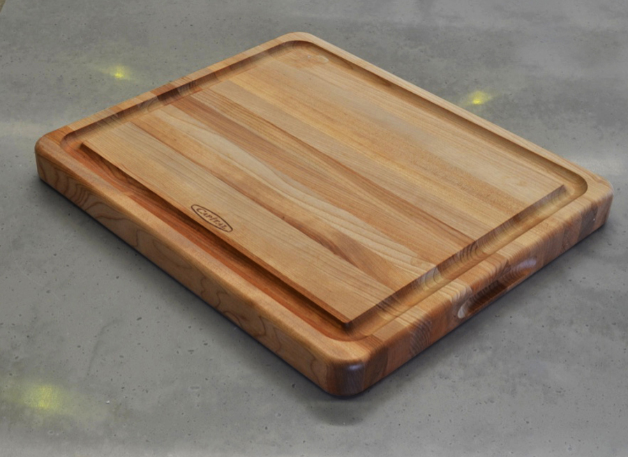 Capital BBQ comes with a Chopping board
